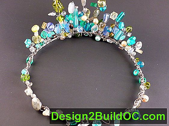 Beaded Crown - Levevis